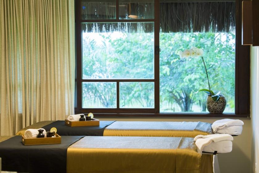 Tivoli Ecoresort Praia do Forte_Anantara Spa_Massage Room (1).jpg